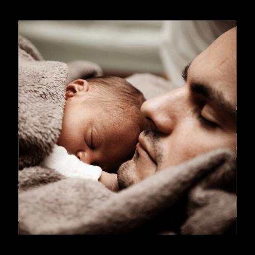 Far med nyfødt