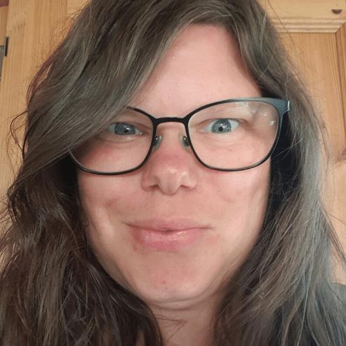 Karina – HypnoBabys sommerportræt